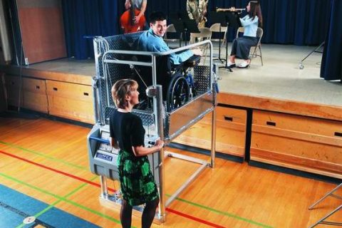 Magic Mobility Ltd makes stage access easy with a wheelchair lift hire