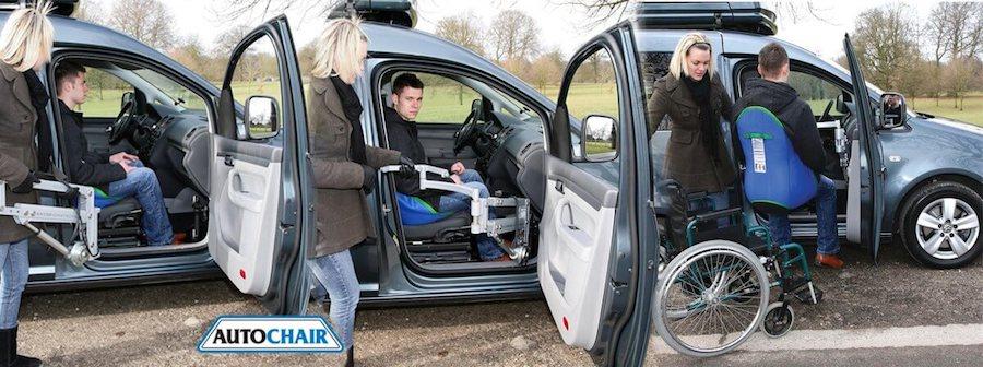 Wheelchair to car hoist transfer